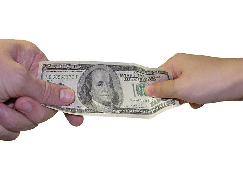 Risks of Joint Bank Accounts - Tug of War with 100 Dollar Bill